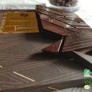tablette-grand-cru-82-cacao-mix-trinitario-amelonado-sans-gluten